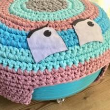 Crochet fun kids pink ottoman